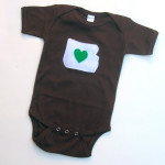 I love oregon baby onesie in brown